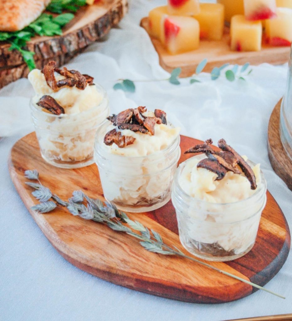 Mac and Cheese Cups with Shiitake Mushrooms