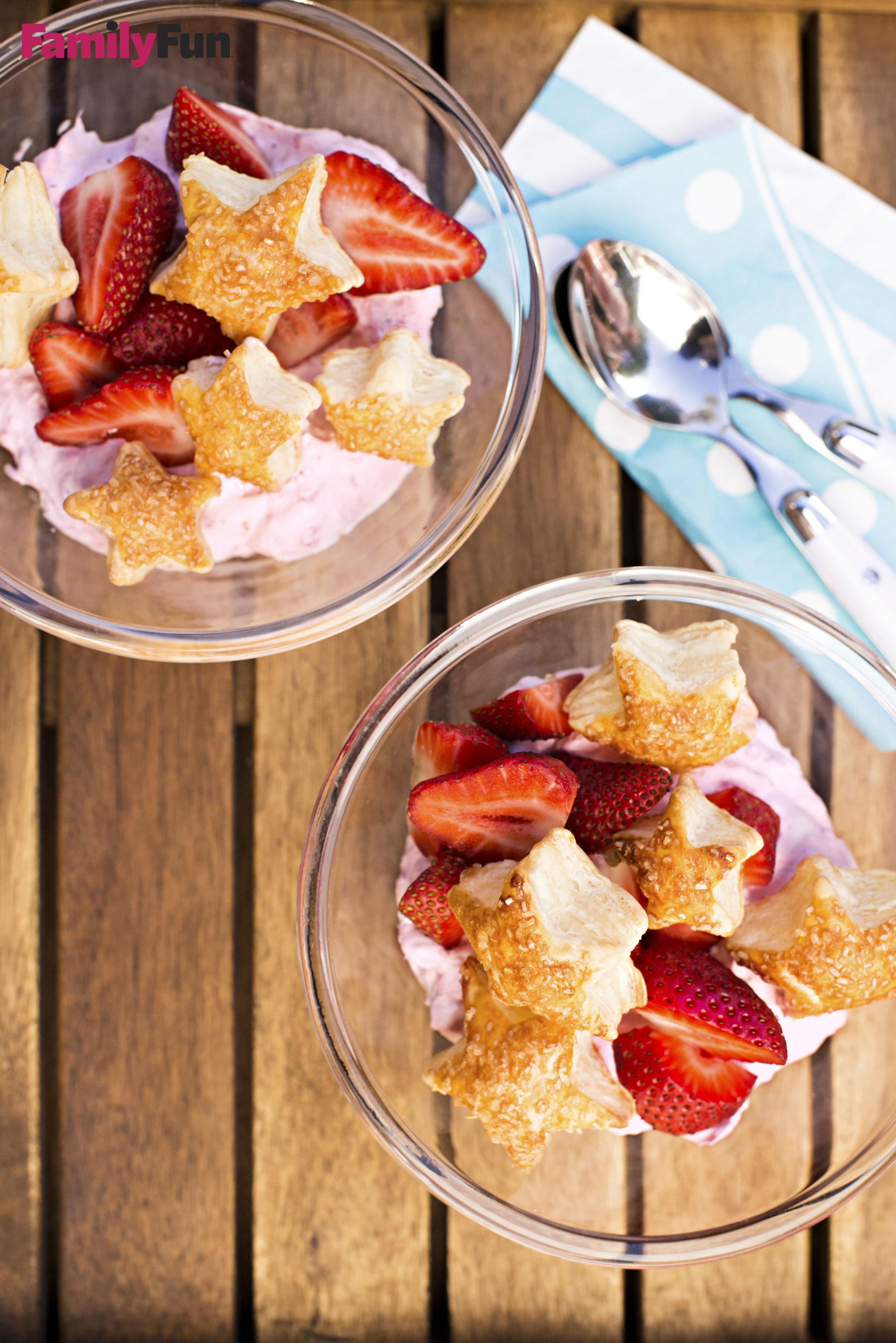 Sparkling Pastry Stars with Strawberry Whipped Cream