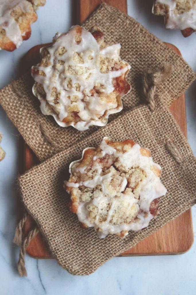 Apple Pie Crumb Muffins
